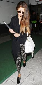 112213-celeb-airport-style-20-350_0